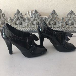Mossimo Black Patent Leather Heels